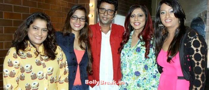 Ekta Jain, Tanisha Singh, Rehman Khan,Tinaa Ghaai, Brinda Parekh, Brinda Parekh, Tanisha Singh at Rehman Khan's Stand Up Comedy Show