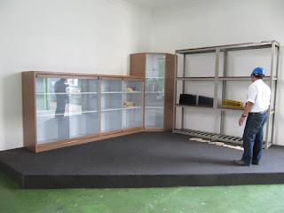 Display Untuk Pameran Produk Kantor