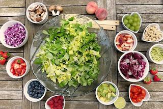 सब्जियां (vegetables)--- आप अपने भोजन मै सब्जियों का इस्तेमाल ज्यादा करें ओर रोटी कम खायें जेसे-- पेठा (pumpkin), ब्रोक्ली , करेला, भिन्ड़ी ,कद्दू ,लहसुन, अदरक, प्याज आदि का इस्तेमाल अधिक करे, क्योंकि इनमे शुगर कम ओर fibers अधिक मात्रा मै होते है |