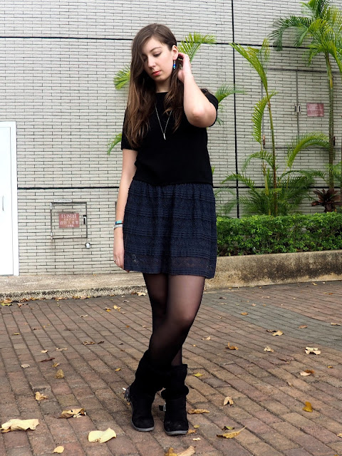 Night skies - outfit of simple black top, dark blue lace skirt, black tights & chunky slouch boots