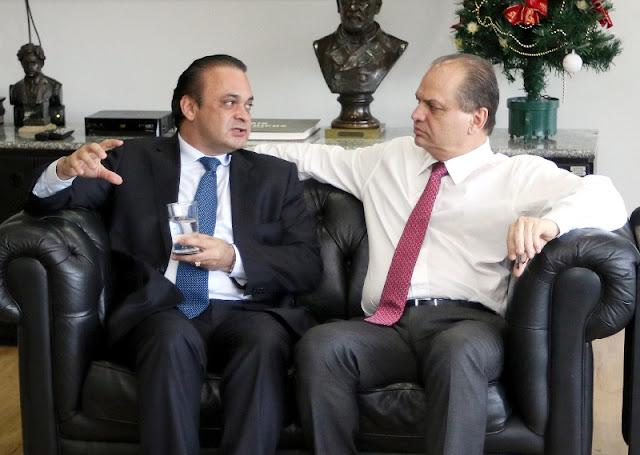 Lucena pede a Barros que mantenha autonomia financeira dos distritos indígenas