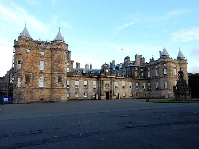 Palacio Hollyroodhouse, Edimburgo, Escocia, Scotland,  Elisa N, Blog de Viajes, Lifestyle, Travel
