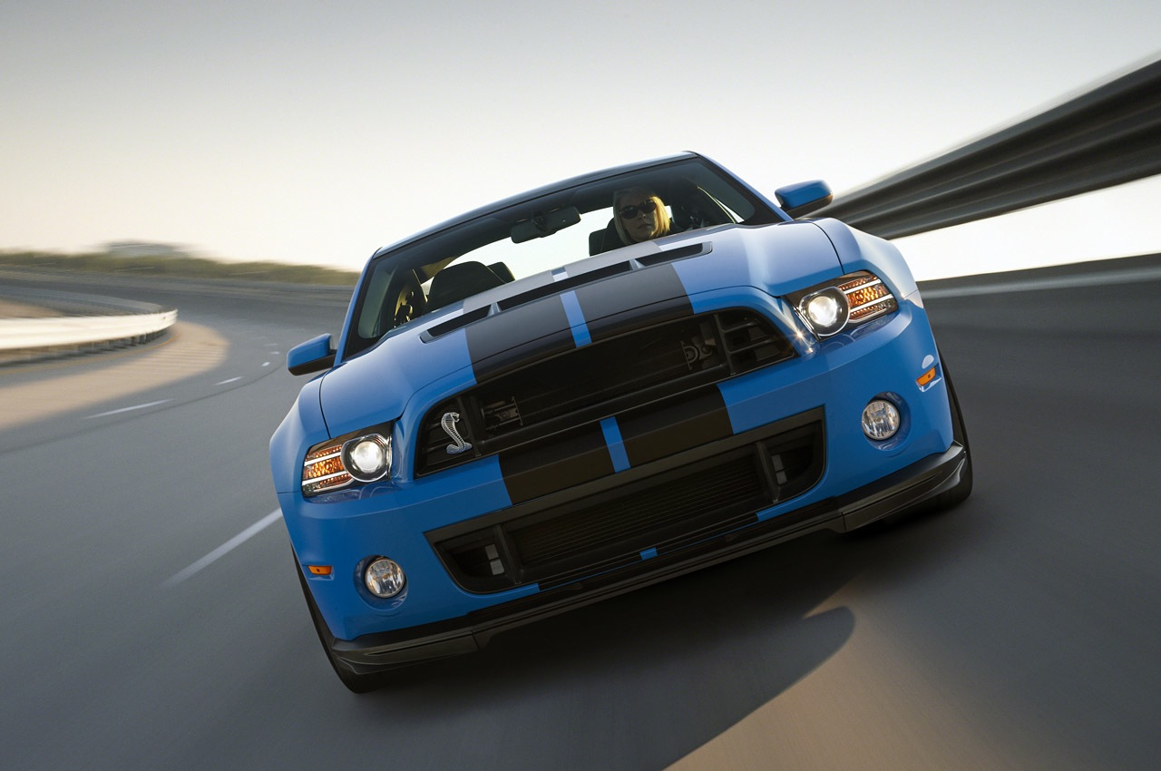 2013 ford shelby mustang gt500 sets an official top speed of 202 mph