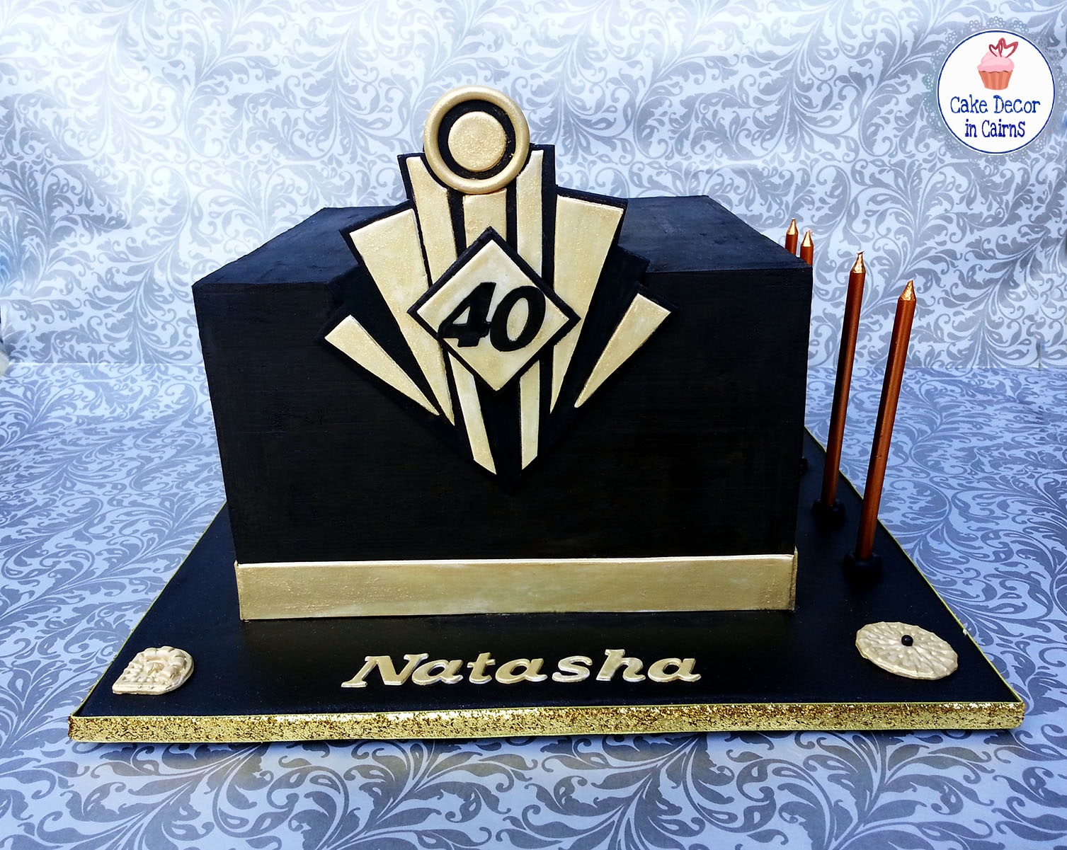 The Great Gatsby Cake, Black Gold, Logo building black ganache.