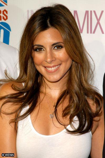 Adriana Isabella