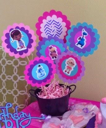 Centro de Mesa Dra Brinquedos para festa de aniversário