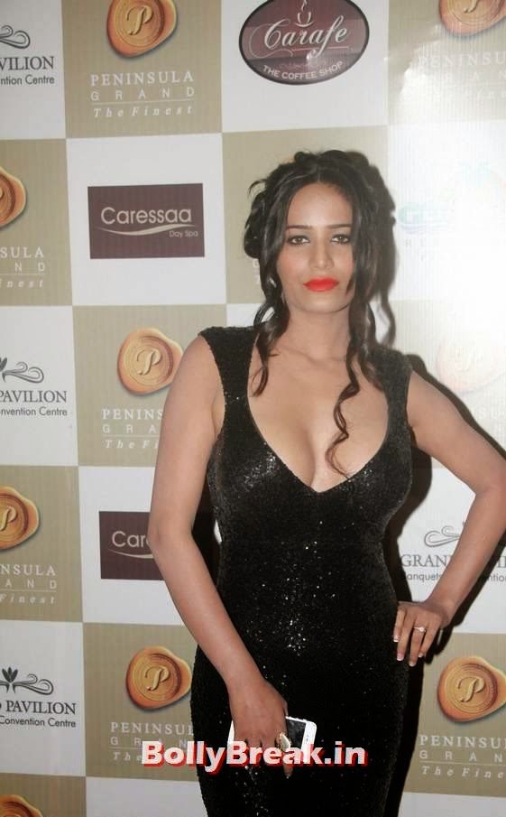 , Poonam Pandey at 2nd Bright Awards in Black Gown Dress