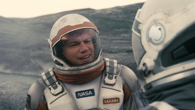 https://3.bp.blogspot.com/-dBgCUIP_6UA/VWDw31pGhPI/AAAAAAAD00Y/W-qB0n7ZHJE/s640/Interstellar-Matt_Damon.jpg