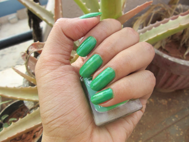 Sunday Home Manicure | On My Nails