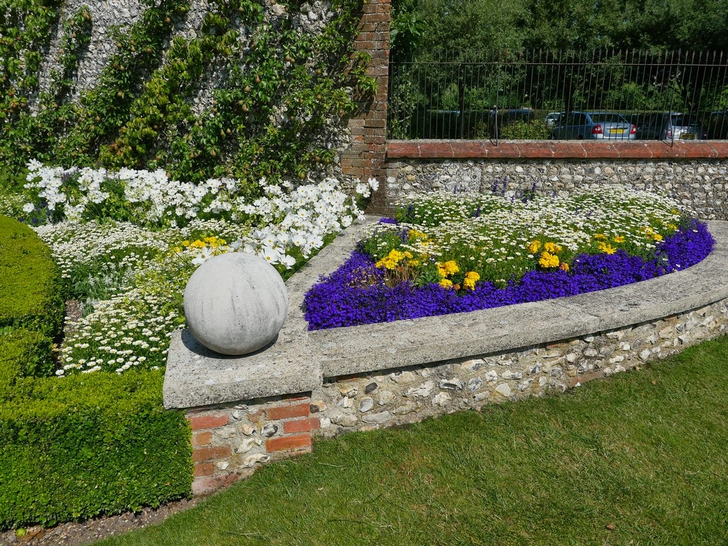 west dean garden