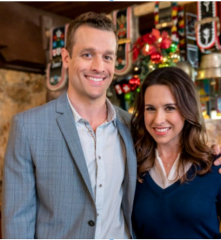 The TV MegaSite's Primetime News Chat: LACEY CHABERT COOKS UP SWEETS