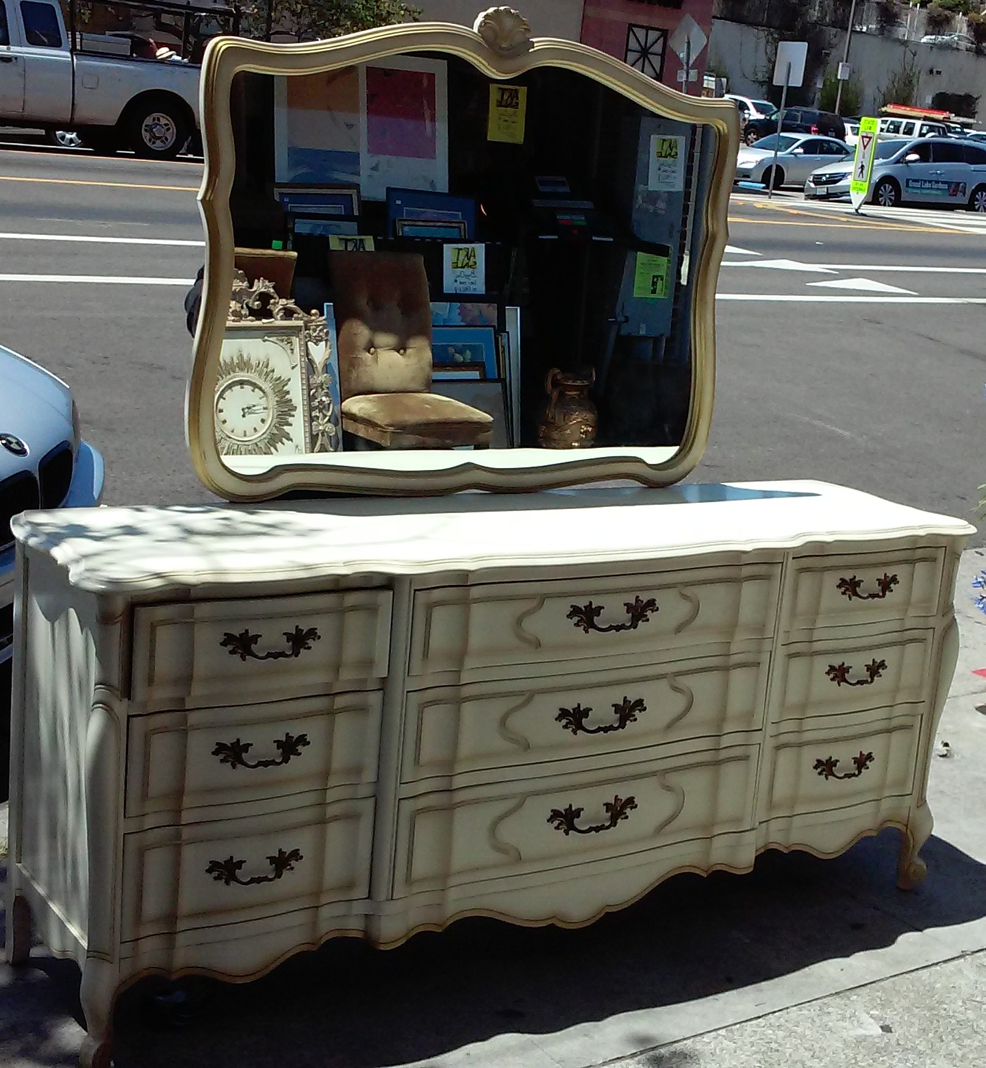 UHURU FURNITURE COLLECTIBLES SOLD Kent Coffey Dauphine Maple - Kent coffey bedroom furniture