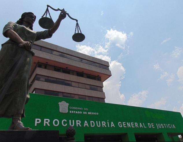 Toluca, estatua justicia