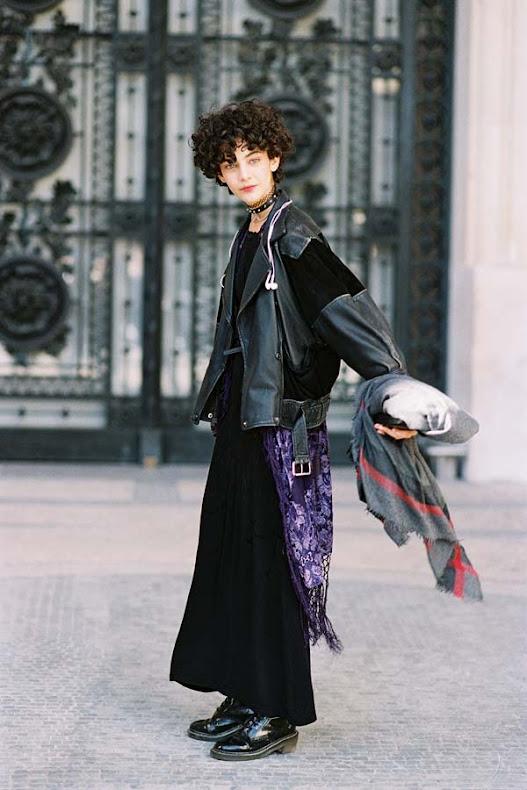 Latest-Street-style-at-Paris-Fashion-Week-Spring-Summer
