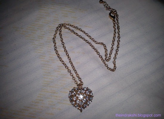 Accessories: Heart-y Necklace from Forever21