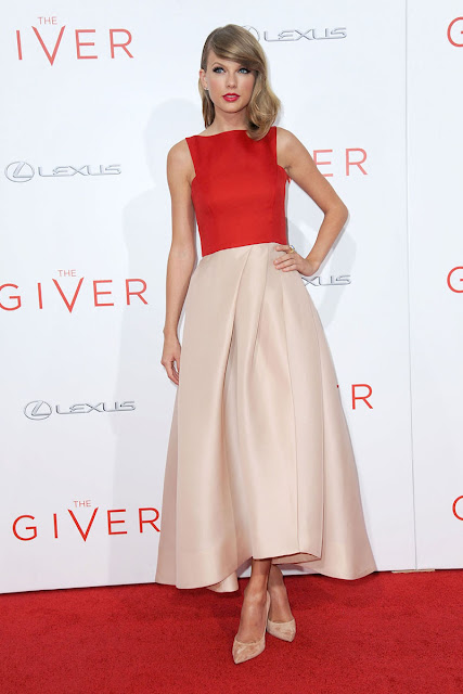 http://www.starcelebritydresses.com/taylor-swift-two-tone-prom-dress-the-giver-149.html