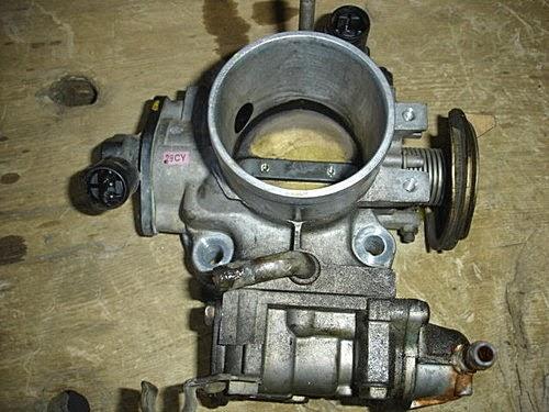 建辰汽車工作室: 2009/04/27日-k7小林前來換BC避震器與節氣門加大拋光