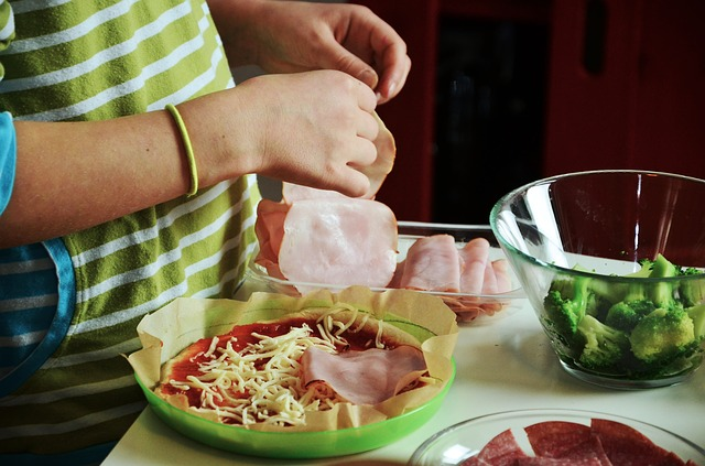 Pizza Cooking With Kids Occupy Preparation Cook