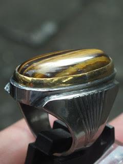 batu tiger's eye quartz