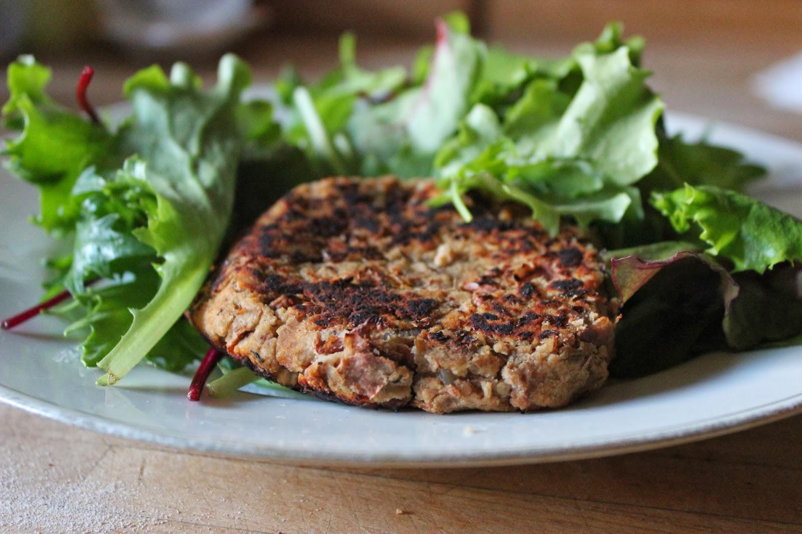 https://cuillereetsaladier.blogspot.com/2013/12/steaks-vegetaux-aux-haricots.html