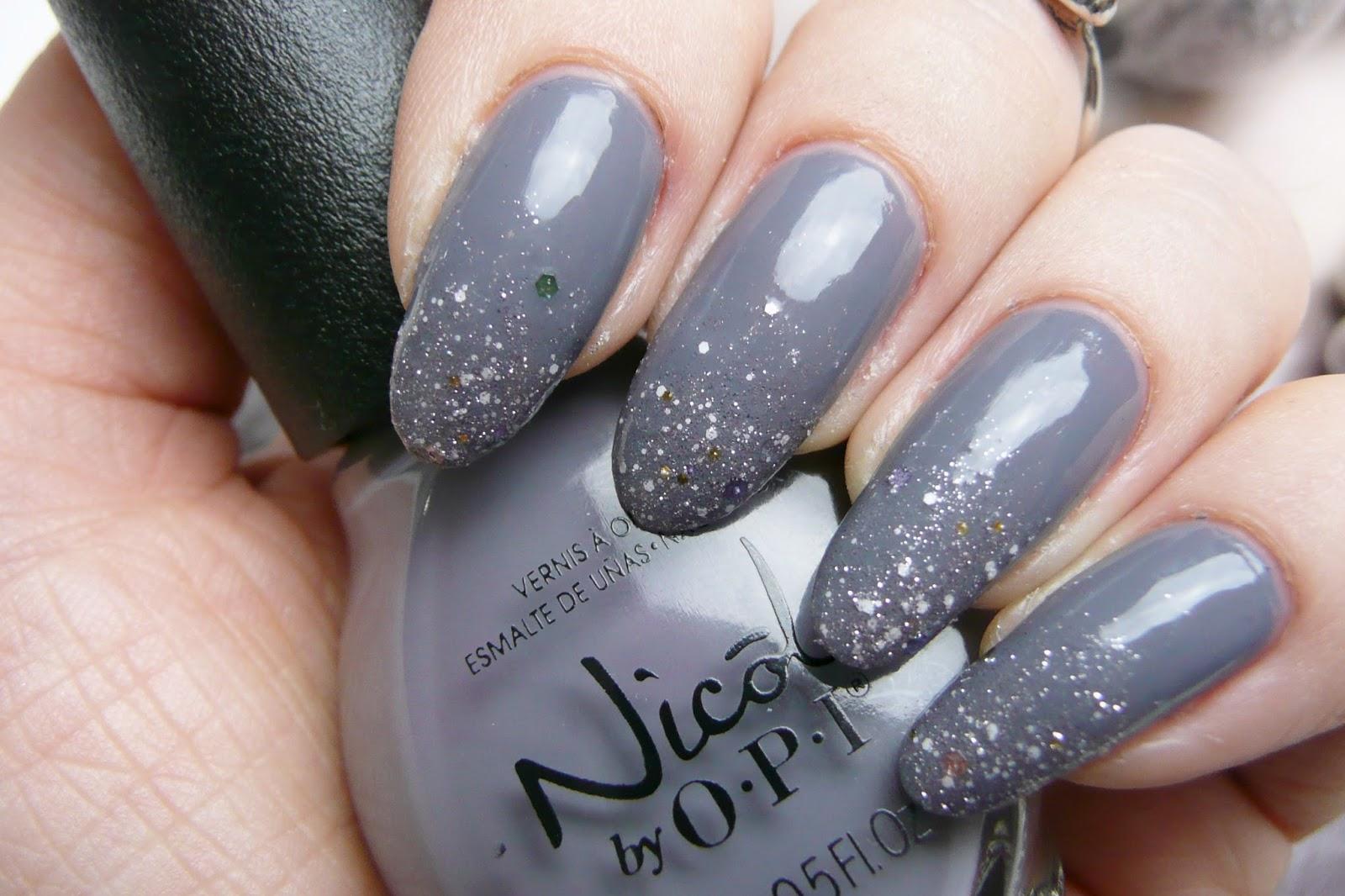 Mani Monday: Glittering Gray | Kaitlyn Elisabeth Beauty