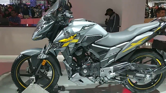 New 2018 Honda XBlade 160 Advencture HD Images