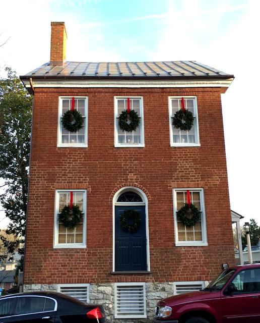 Adorable Colonial Home in Virginia