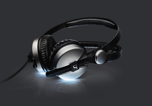 http://en-de.sennheiser.com/news-celebrating-the-legend-new-aluminium-model-marks-25-years-of-sennheisers-hd25-headphones