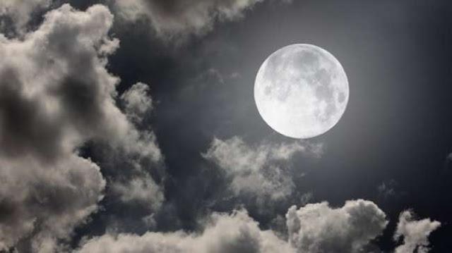 Waktu Tidur Manusia Berkurang Saat Bulan Purnama