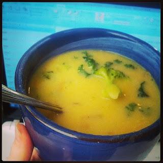 A creamy, delicious potato soup with broccoli! #fruitsohard #vegan #glutenfree #broccolisoup #potatosoup