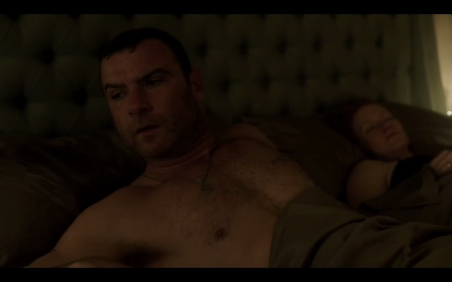 Eviltwins Male Film  Tv Screencaps 2 Ray Donovan 2X01 -1274