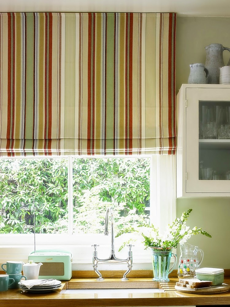 15 Elegant Kitchen Window Curtains For Window Decoration