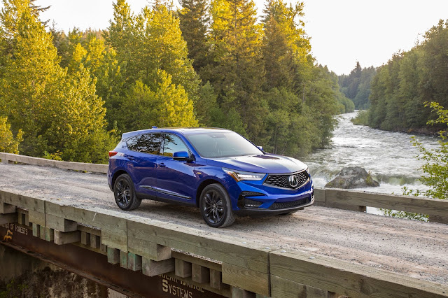 Front 3/4 view of 2019 Acura RDX A-SPEC