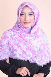 Shafeeya Kerudung Rawis Motif Tasya - Purple