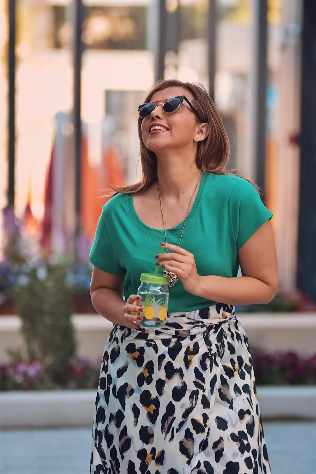 Outfit Falda Traslapada Con Estampado Animal-mariestilo-fashionblogger-lookoftheday-animalprint-fashionista-streetstyle-dcblogger-mariestilotravels-