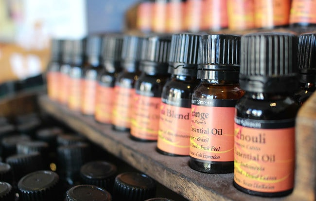 Boccette di oli essenziali