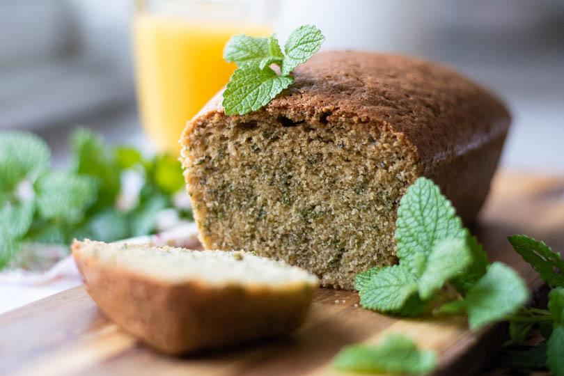 recette Cake à la mélisse