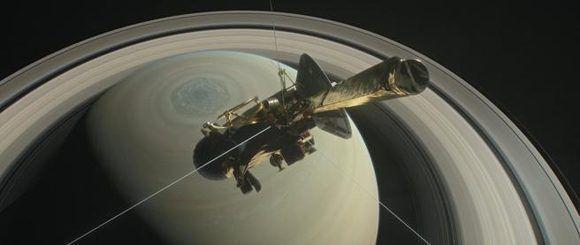 La sonda Cassini ha logrado acercarse a Encélado