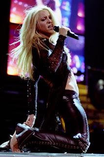 Shakira (credit Adam Bielawski)