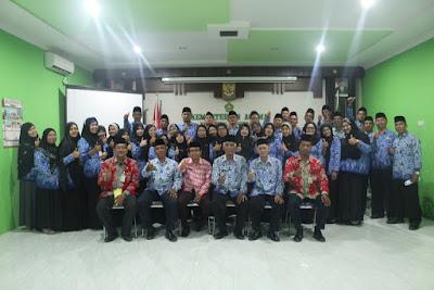 Kakankemenag Tanjungbalai Lantik PNS KI & KII
