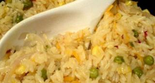 Προσοχή με το ρύζι: Κίνδυνος δηλητηρίασης αν το ξαναζεστάνετε