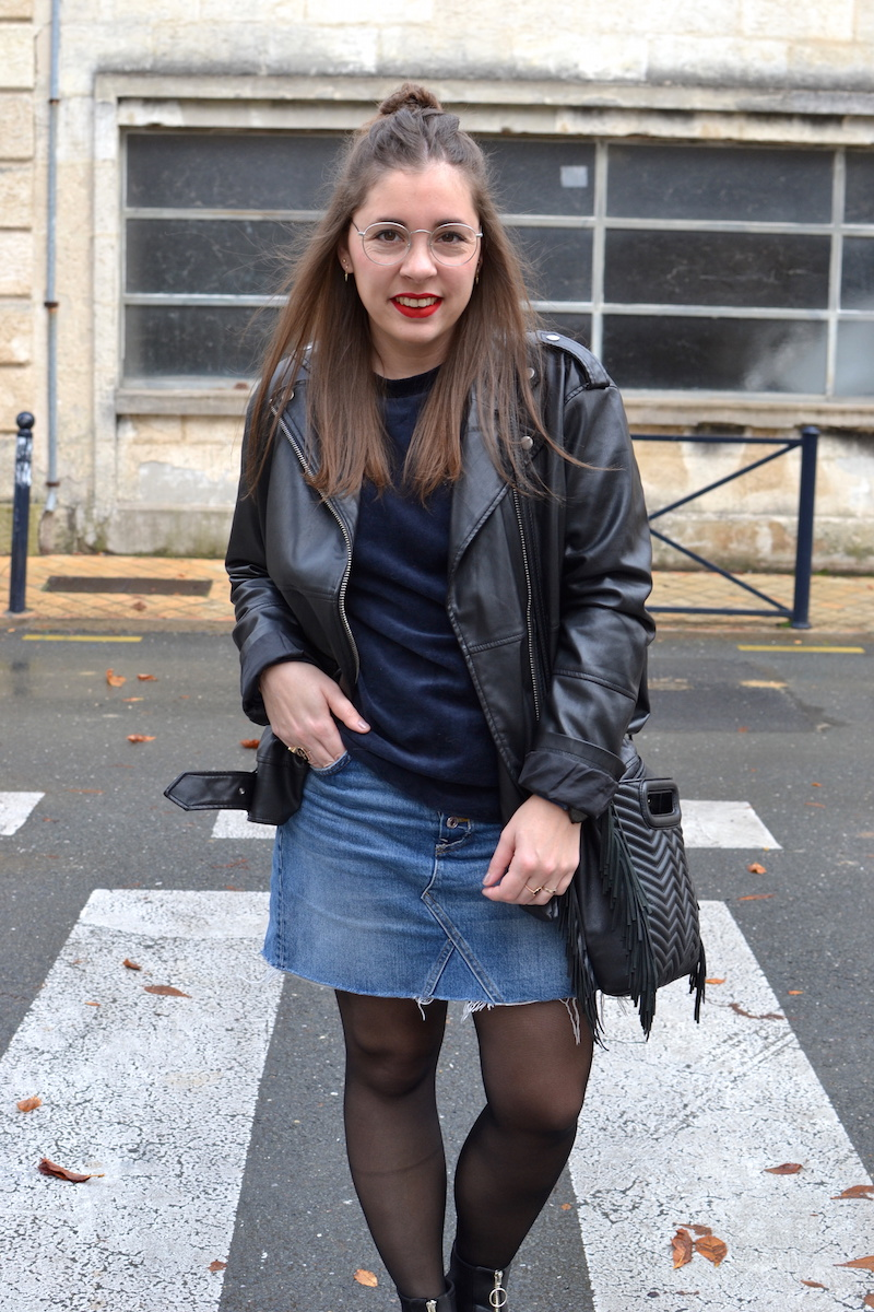 sweat velour H&M, jupe en jean H&M, perfecto oversize Monki, sac M de Maje