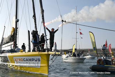 Vendée Globe / Arnaud Boissières boucle son 3e tour du monde