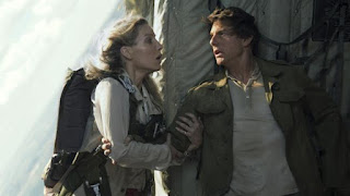 Tom Cruise behind the scenes of The Mummy: 'A movie star run amok'