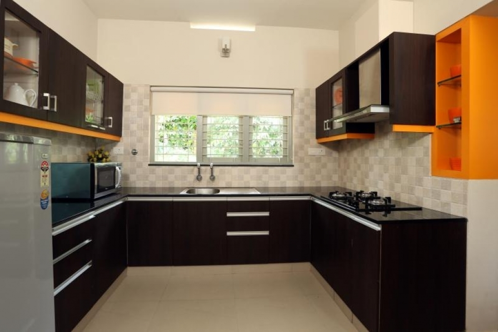 New 100 modular kitchen designs cabinets colors - Latest modular kitchen designs in india ...