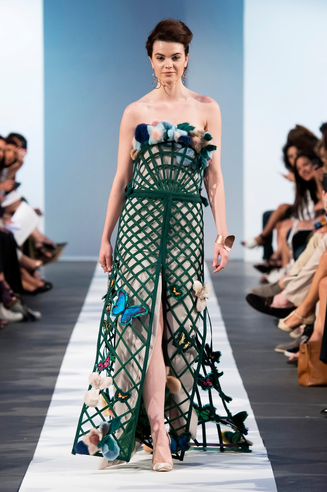 frumpy to funky: LASKARIS Couture Show AW17 at Paris Haute Couture ...