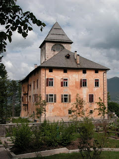 Malosco Castle, restored in the 16th century