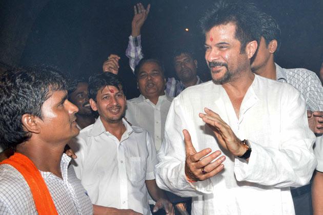 <div>Anil Kapoor & Sonam Kapoor celebrate Diwali ❤ ❤  ❤</div>