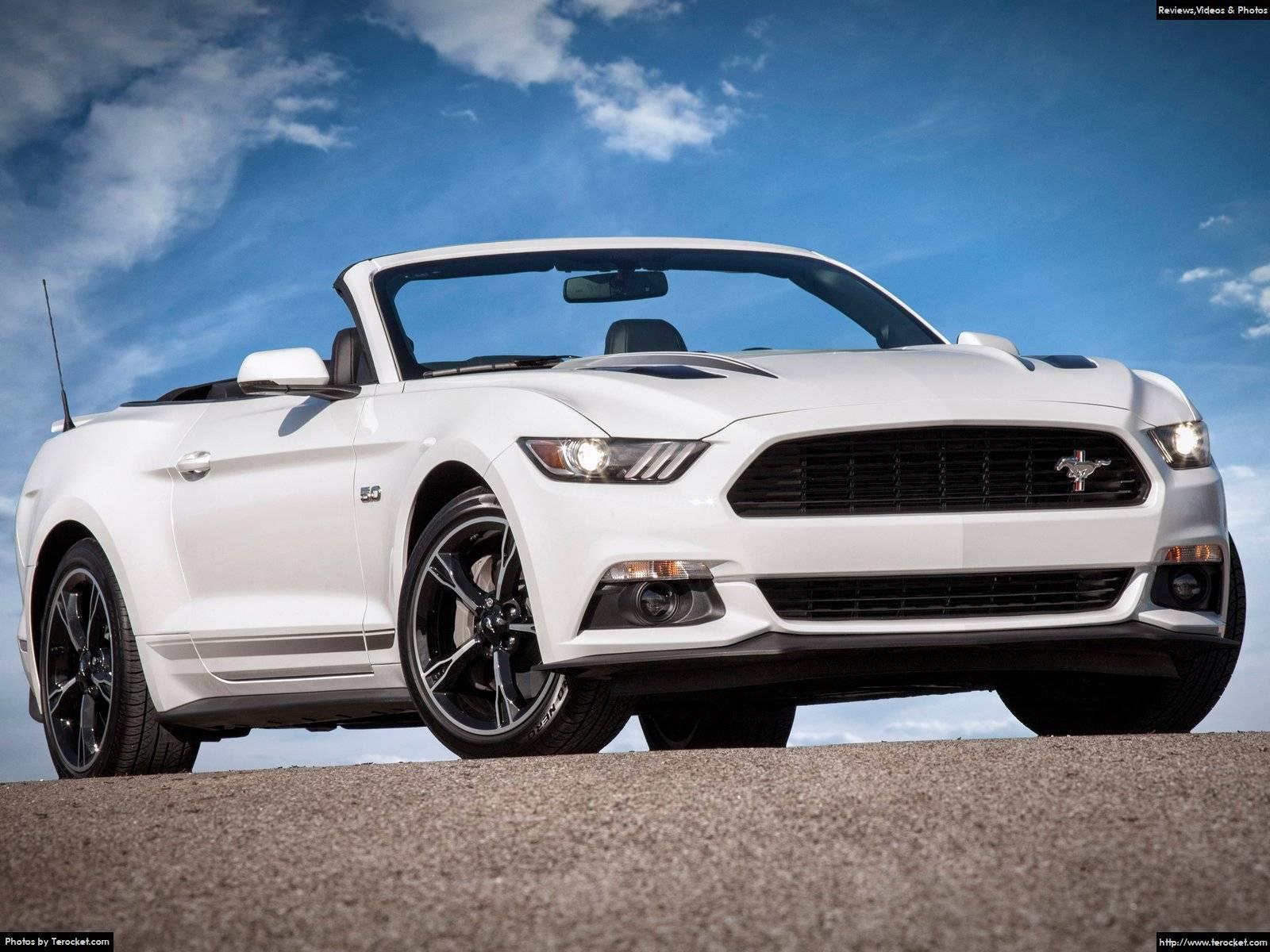 Ford Mustang 2016 dường như thanh tao và nhẹ nhàng hơn các bản tiền nhiệm