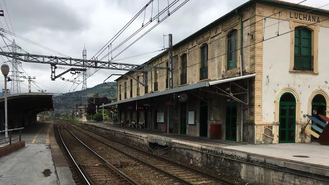 Estación de Renfe en Lutxana